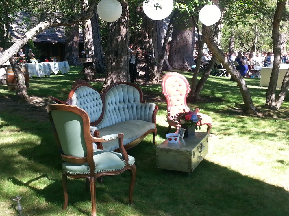 Wonderful lounge by the water by Peanut's Gallery